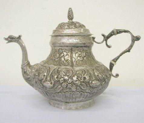 8004: Continental 800 silver teapot