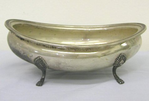 8005: Continental 800 silver oval bowl