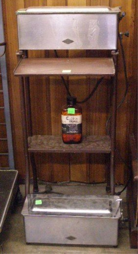 1023: Castle Stainless Steel Sterilizer