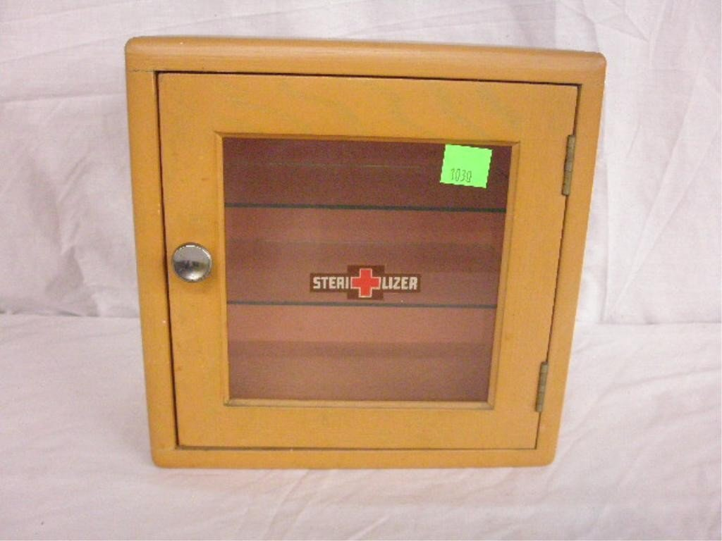 1030: Small Medical Cabinet
