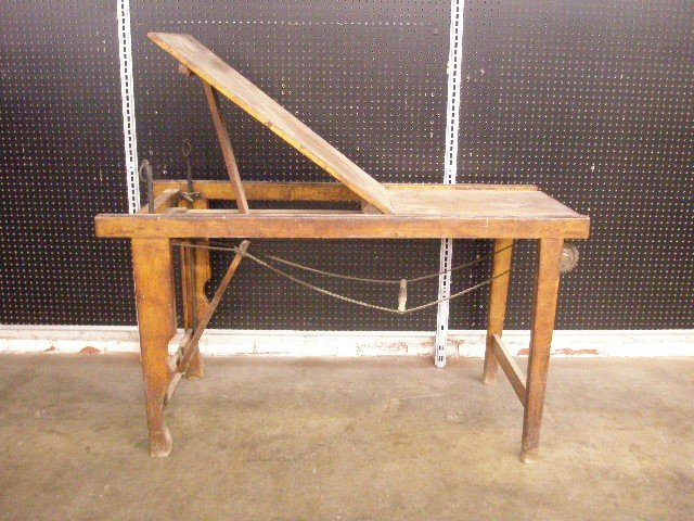 1034: Antique Maple Exam Table