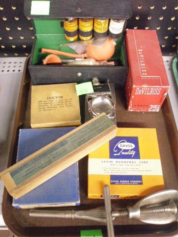 1058: Lot of 8 Medical & Dental Instruments
