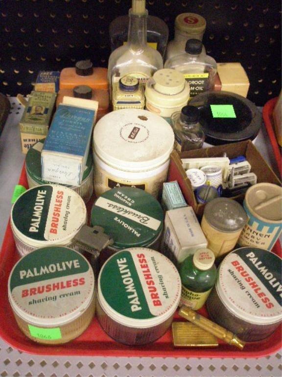 1066: Vintage gents shaving & grooming bottles