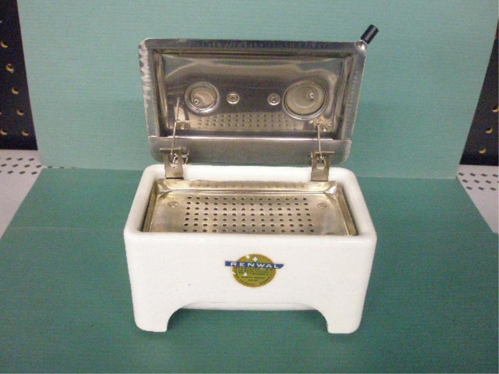 1072: Porcelain Sterilizer By American Sundries Co. - 2