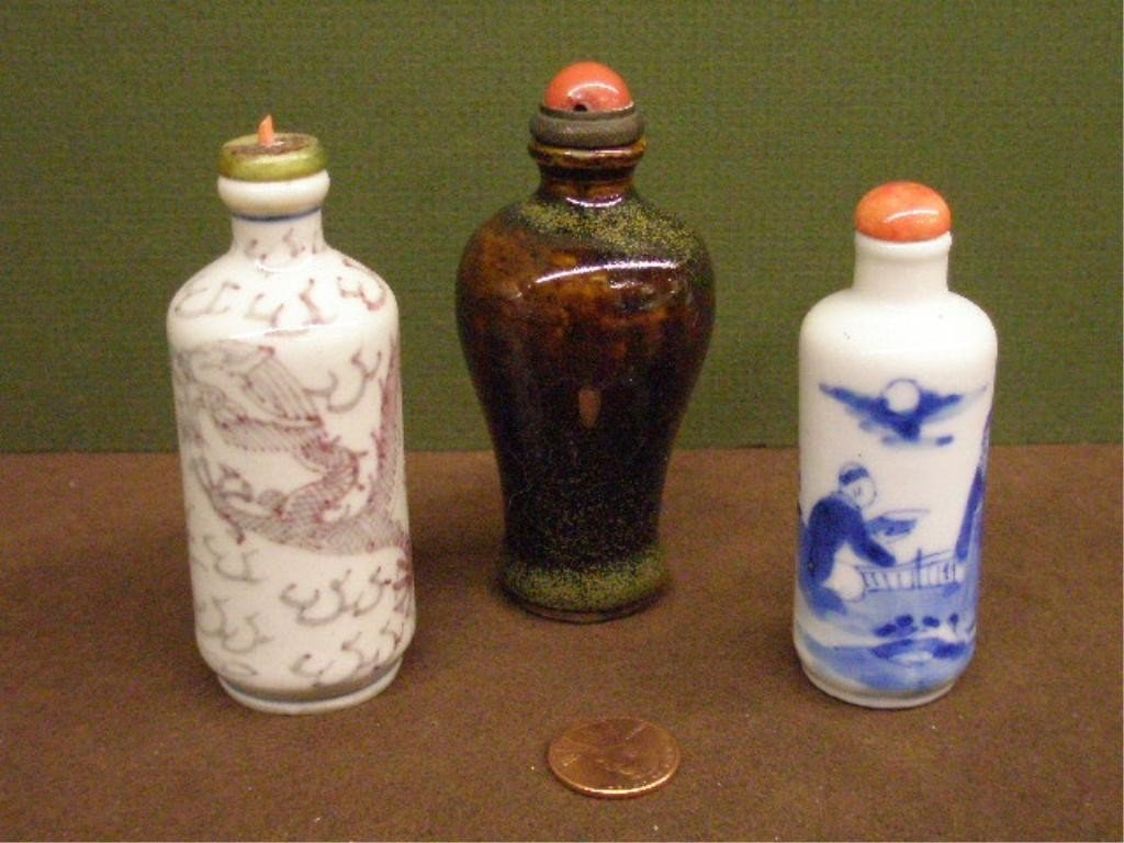 1135: 3 Chinese Ceramic Snuff Bottles