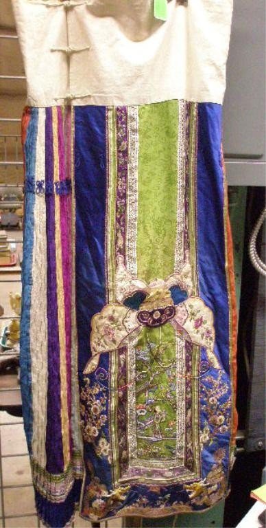 1209: Chinese Embroidered Silk & Cotton Skirt