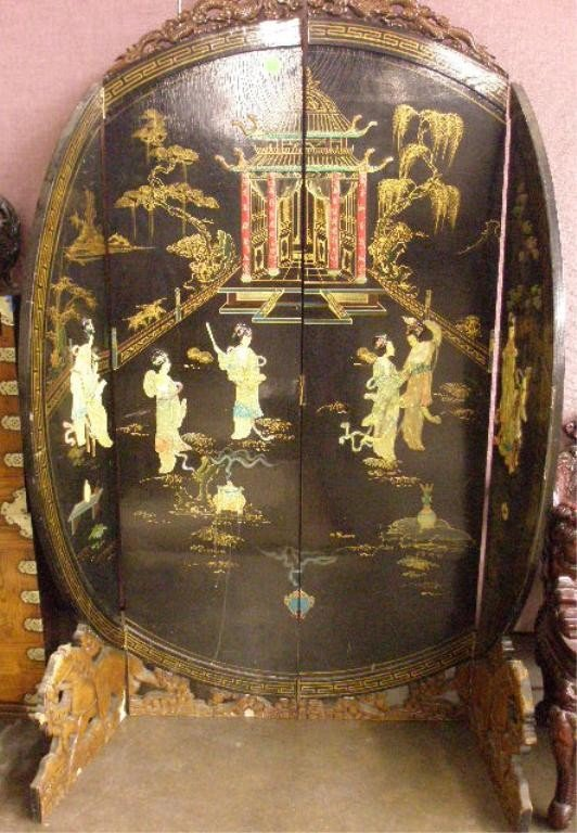 1243: Vintage Chinese Lacquer Room Screen