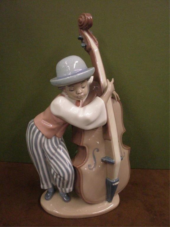 2006: Lladro Jazz Bass Figure