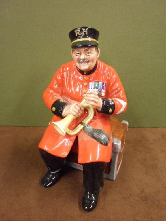 2013: Royal Doulton Past Glory Figure