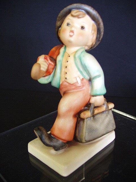 "6001: Hummel figurine ""Merry Wanderer"" # 11/0 TM"
