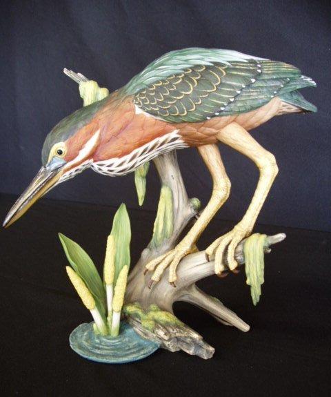 "6010: Goebel figure ""On the Prowl"" artist signed"