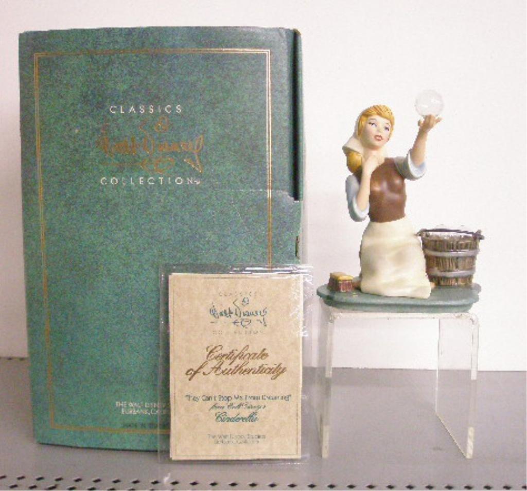 2: Walt Disney Classics Collection Figurine
