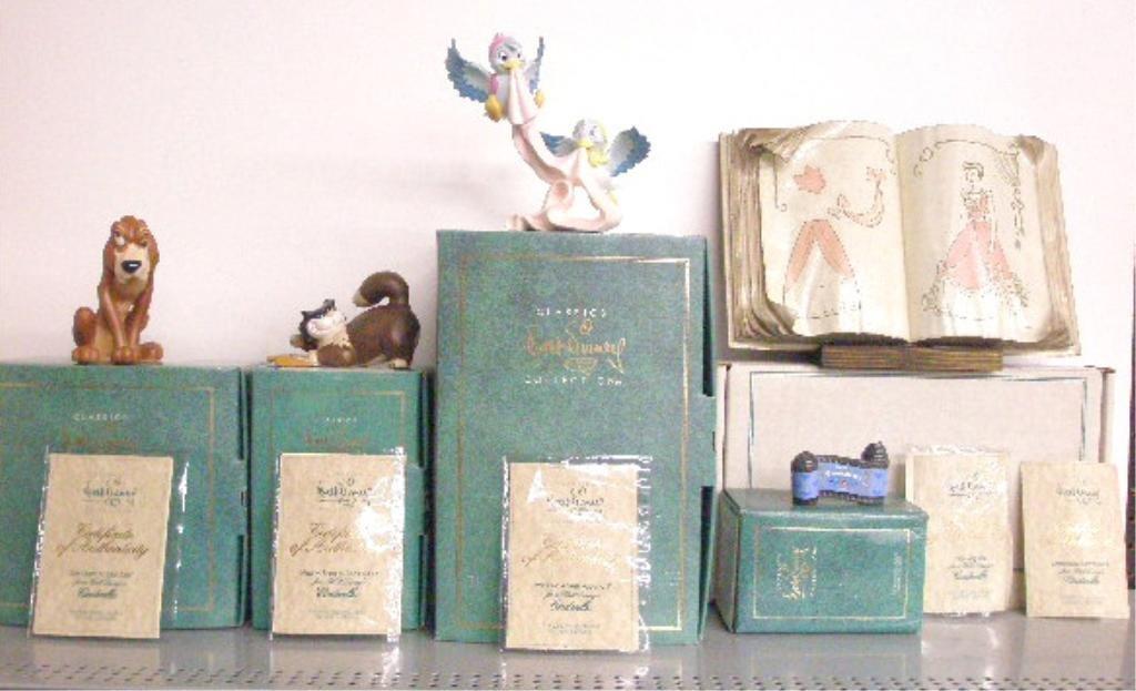 4: Walt Disney Classics Collection Figurines