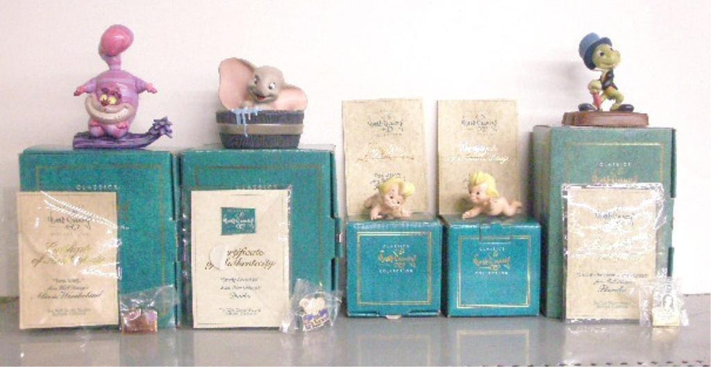 7: Walt Disney Classics Collection Figurines