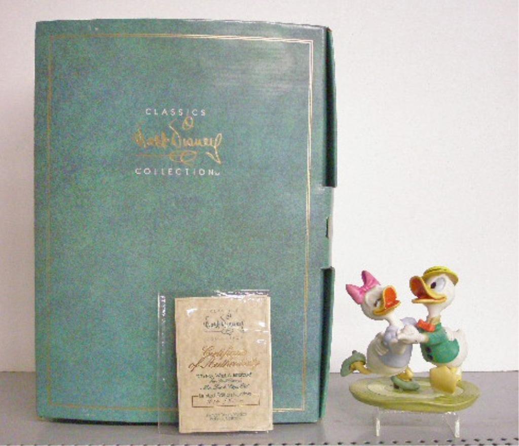 9: Walt Disney Classics Collection Figurine