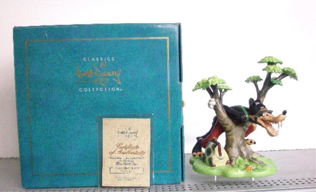 10: Walt Disney Classics Collection Figurine