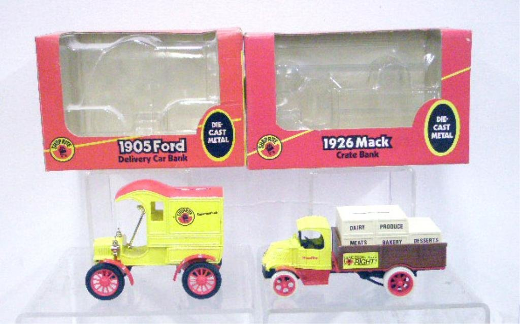15: Ertl Die Cast Shop Rite Car & Truck Banks