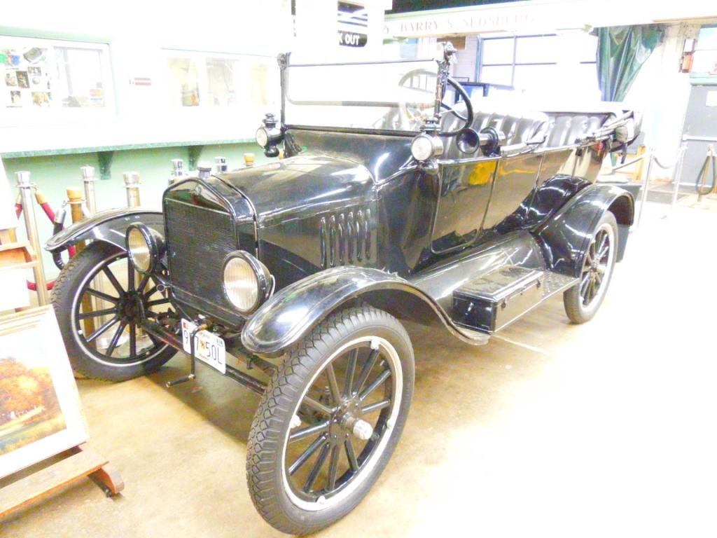 1919 Model-T Ford Touring Car