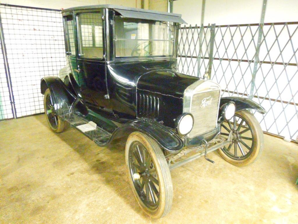 1923 Model-T Ford Coupe