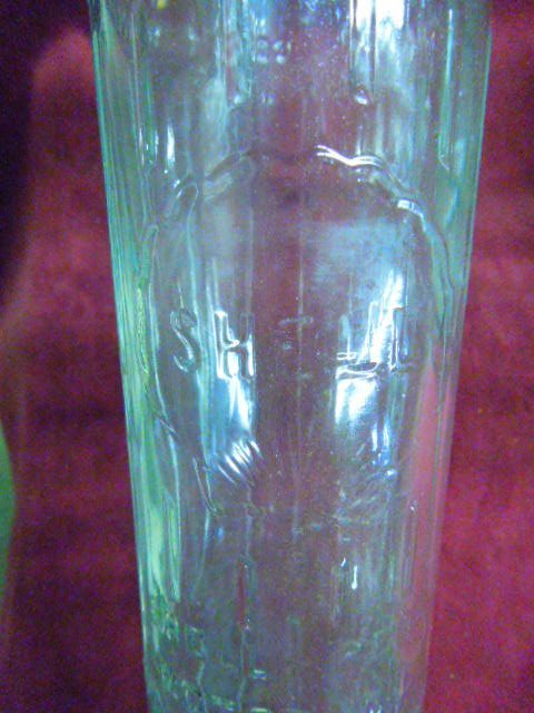 6 Rare Antique Glass Shell Oil Bottles With Carrie - 2