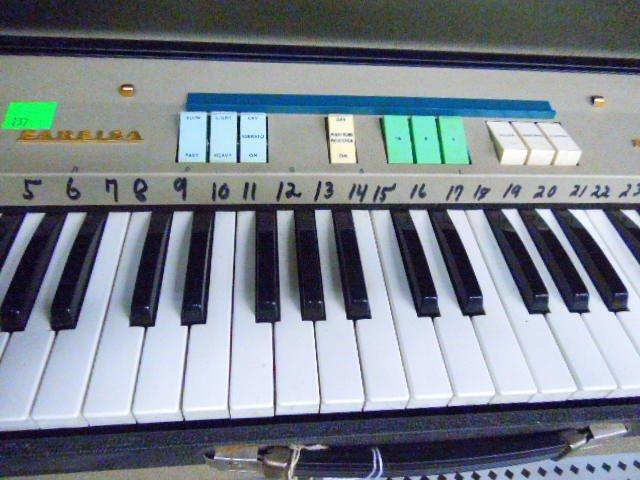 Farfisa Mini Compact Organ - 3