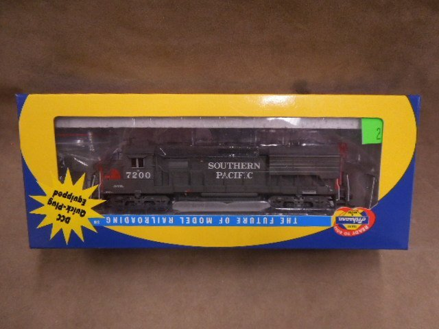 Athearn HO Scale Southern Pacific Locomotive