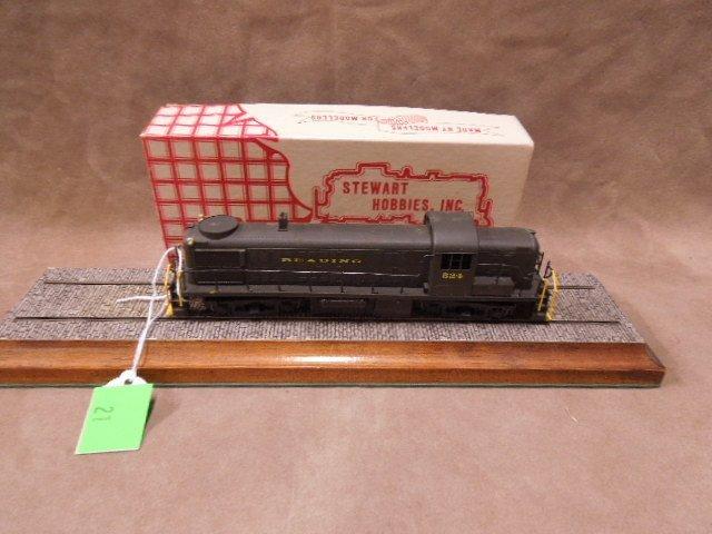 Stewart Hobbies HO Scale Reading Locomotive