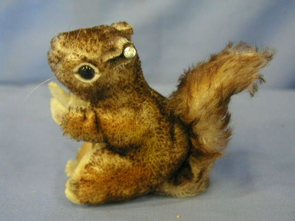"1004: Steiff animal, squirrel ""Perri"""
