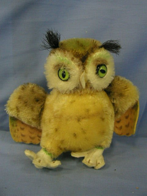 "1011: Steiff animal, owl ""Whittie"""