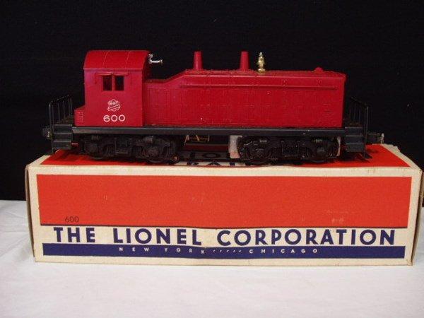 1051: Lionel postwar  -  #1955 Outfit 4 piece train set - 2