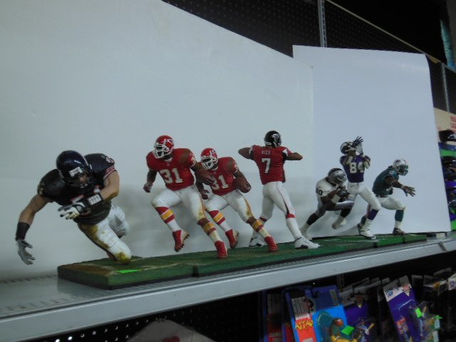 (7) 2003/04 McFarlane toys football figures loose