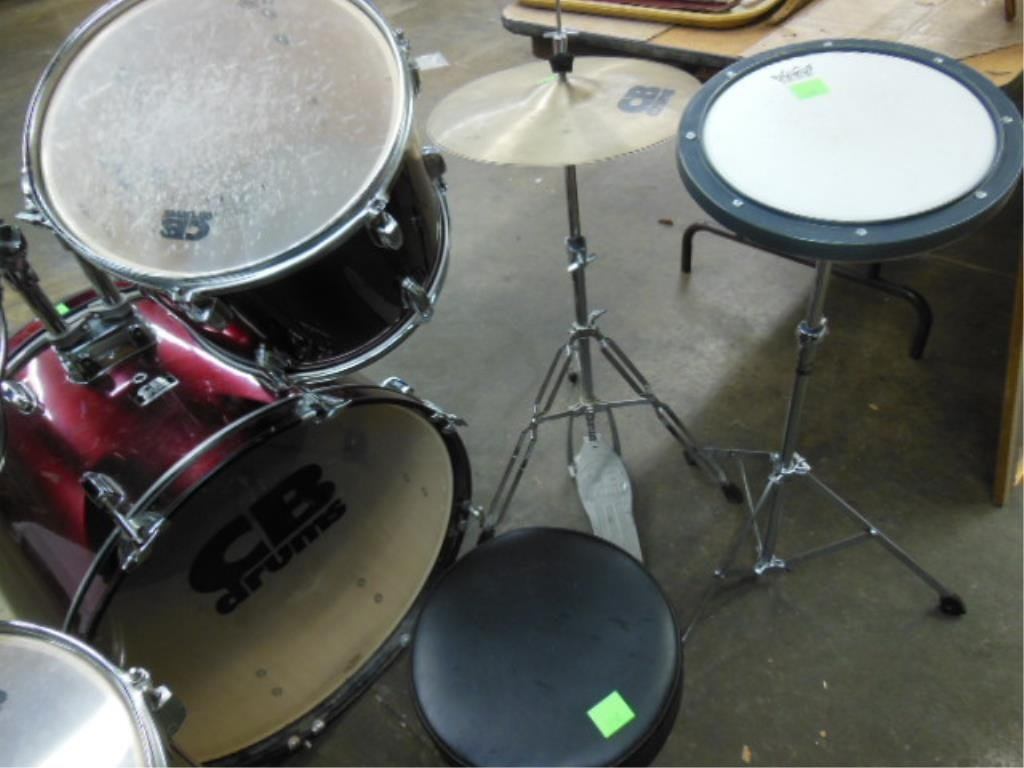 8 Piece Drum Set, CB Drums - 3
