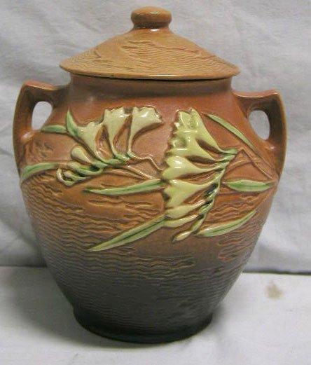 """4011: Roseville pottery vase """"Freesia"""""""