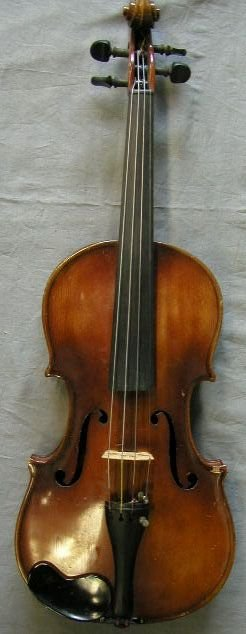 95: German violin labeled Micael Deconet /1754