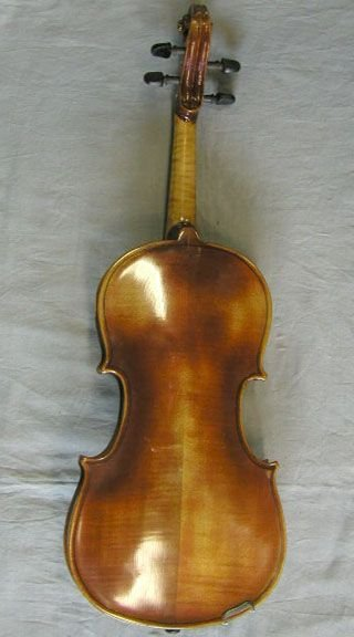 95: German violin labeled Micael Deconet /1754 - 2