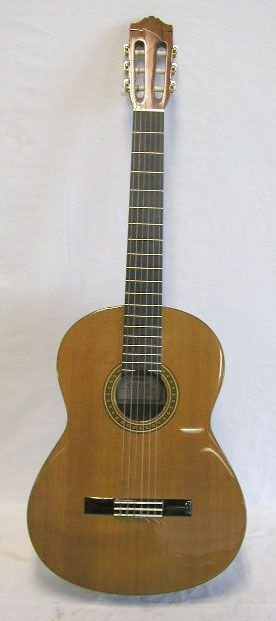 180: Yamaha classic guitar, model CG111C