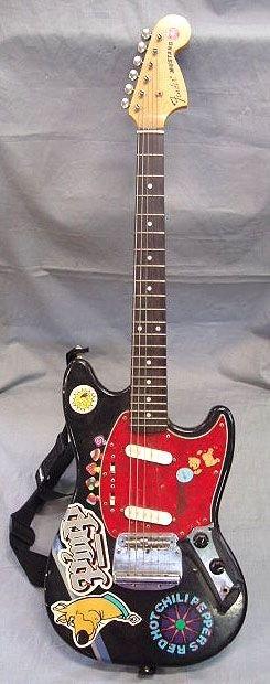199: Fender Mustang electric guitar ser # V019576