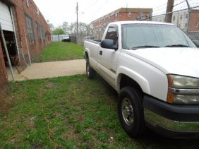 2004 Chevrolet Silverado 2500 Heavy Duty Pick Up Truck,