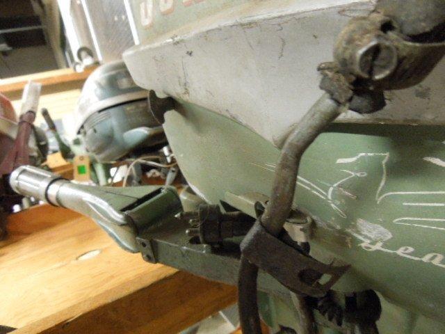 Vintage Johnson Seahorse 5.5 HP Tiller Boat Engine - 2