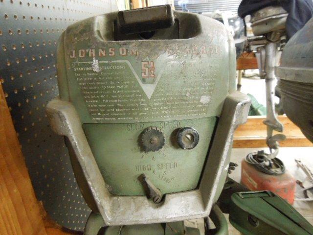 Vintage Johnson Seahorse 5.5 HP Tiller Boat Engine - 6