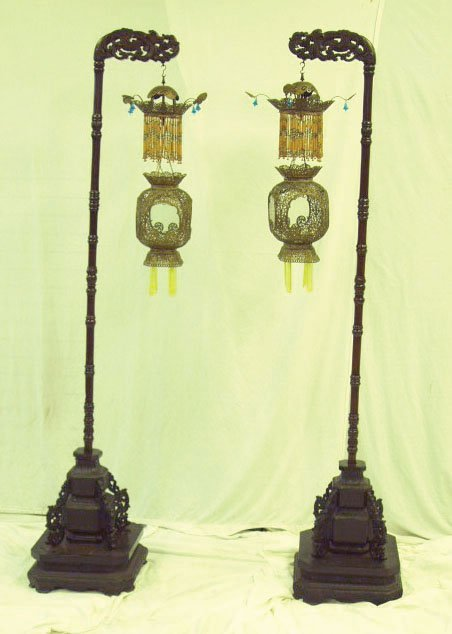 1110: Late 19th C.Chinese floor lanterns