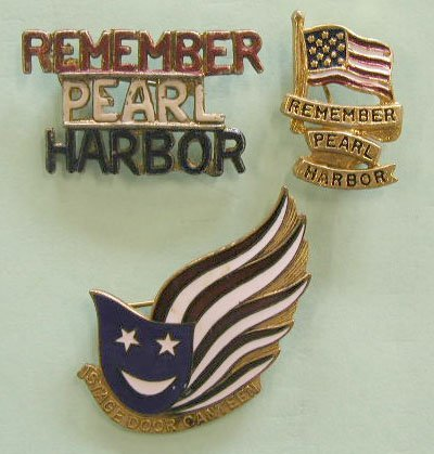 "4008: ""Remember Pearl Harbor"" Pins"