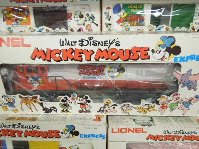 15 PC Lionel Mickey Mouse Express - 2