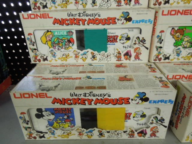 15 PC Lionel Mickey Mouse Express - 4