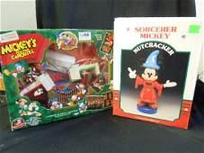2 Disney Holiday Pieces