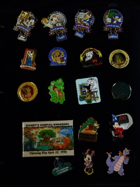 80+ Official Disney Pins - 3