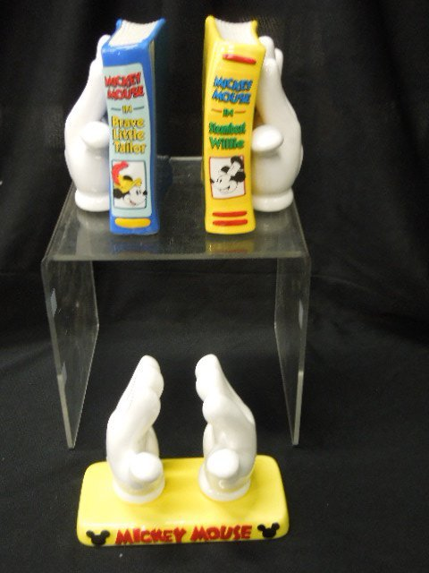 Enesco MM White Glove Bookends & Napkin Holder