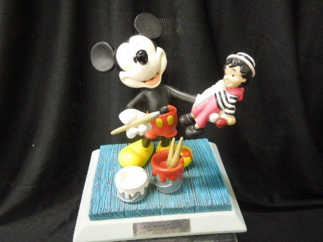 2000 Disneyana Small World Figurine