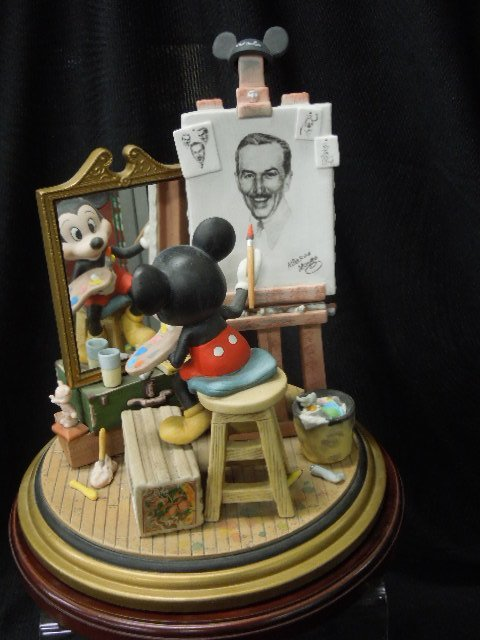 Disney Porcelain Figurine Mickey Self Portrait