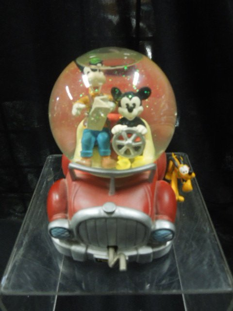 Disney Musical Mickey & Co. Snowglobe